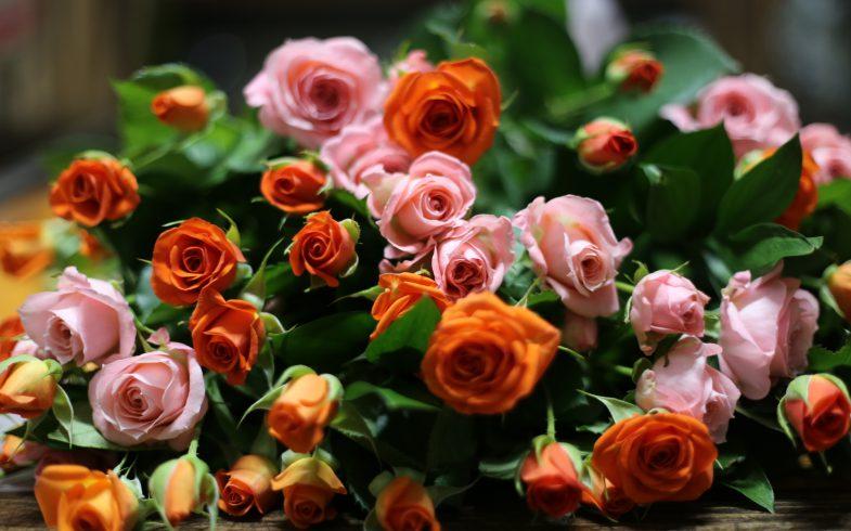 スプレー薔薇の花束